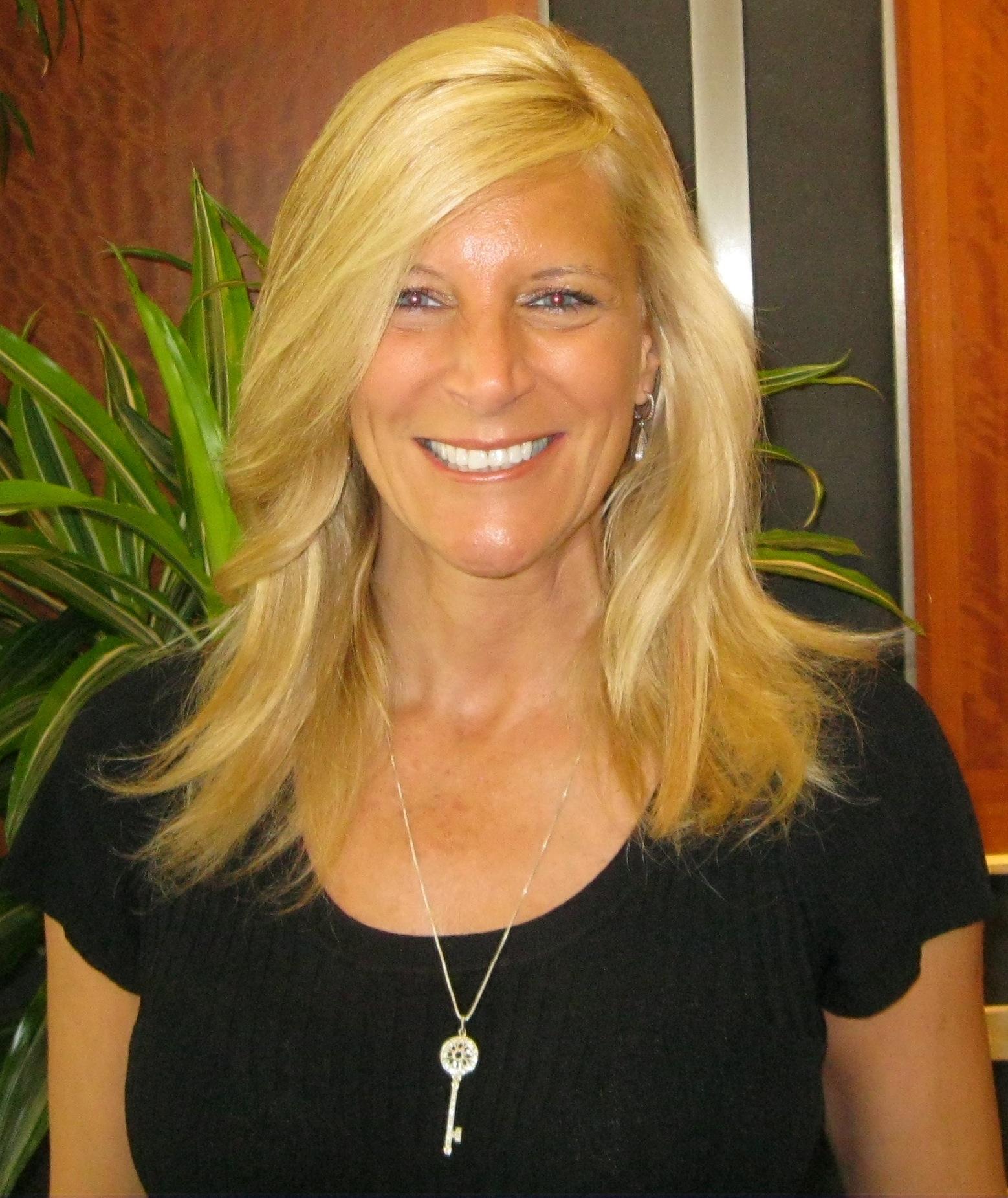 Linda LeFebvre Chair, Lion's  Den & Vice President, NCI, Inc.